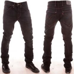 Jean Levi's Engineered Jeans